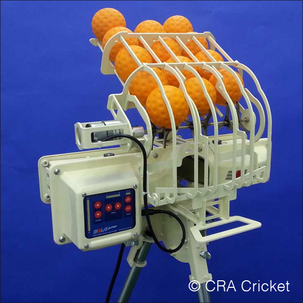 Junior bola cricket machine