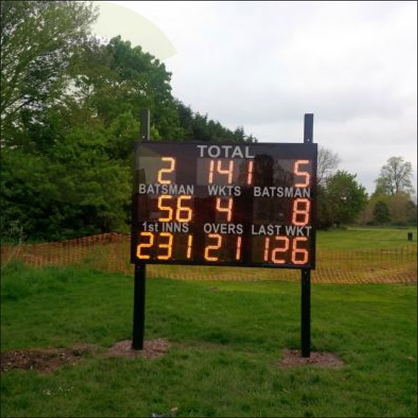 CLUB LARGE ELECTRIC SCOREBOARD