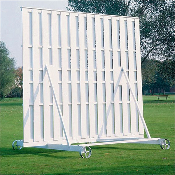 TIMBER CRICKET SIGHT SCREEN